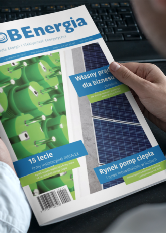 mockup-of-a-magazine-in-the-hands-of-a-man-with-a-blue-shirt-3384-el1
